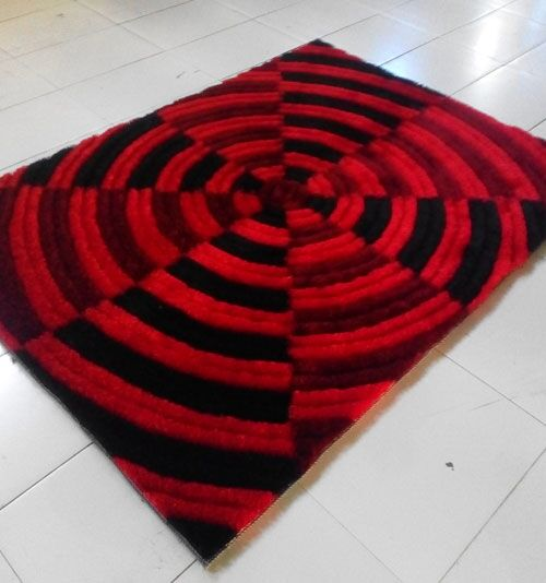 Red Area Rug Rug Size: 7'11