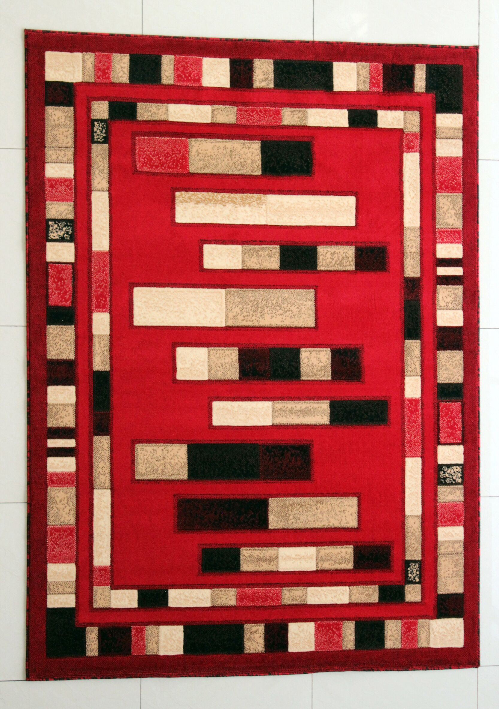 Slowe Red Area Rug Rug Size: 4' x 6'