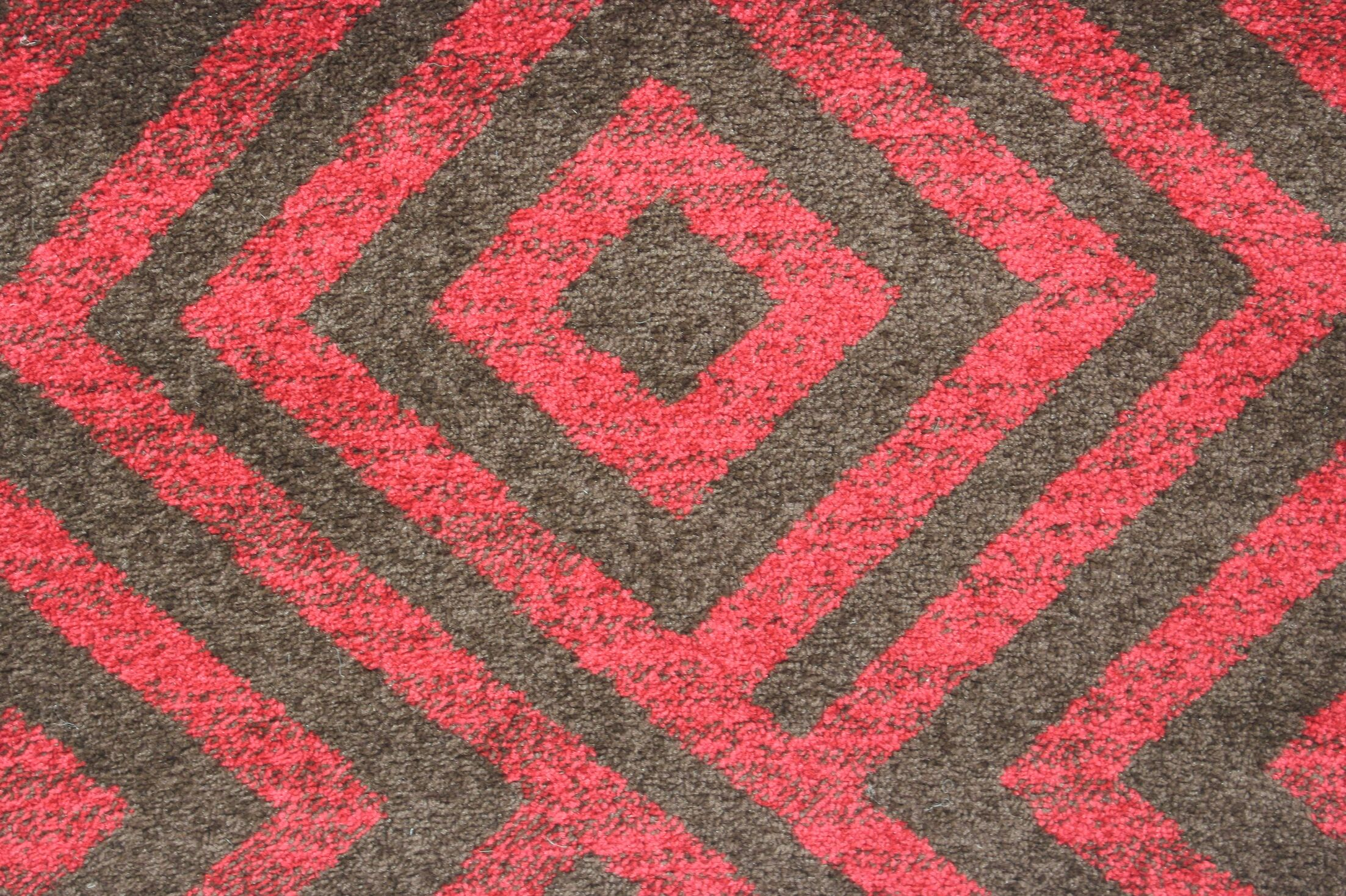 Rosamond Red/Brown Area Rug Rug Size: 4' x 6'