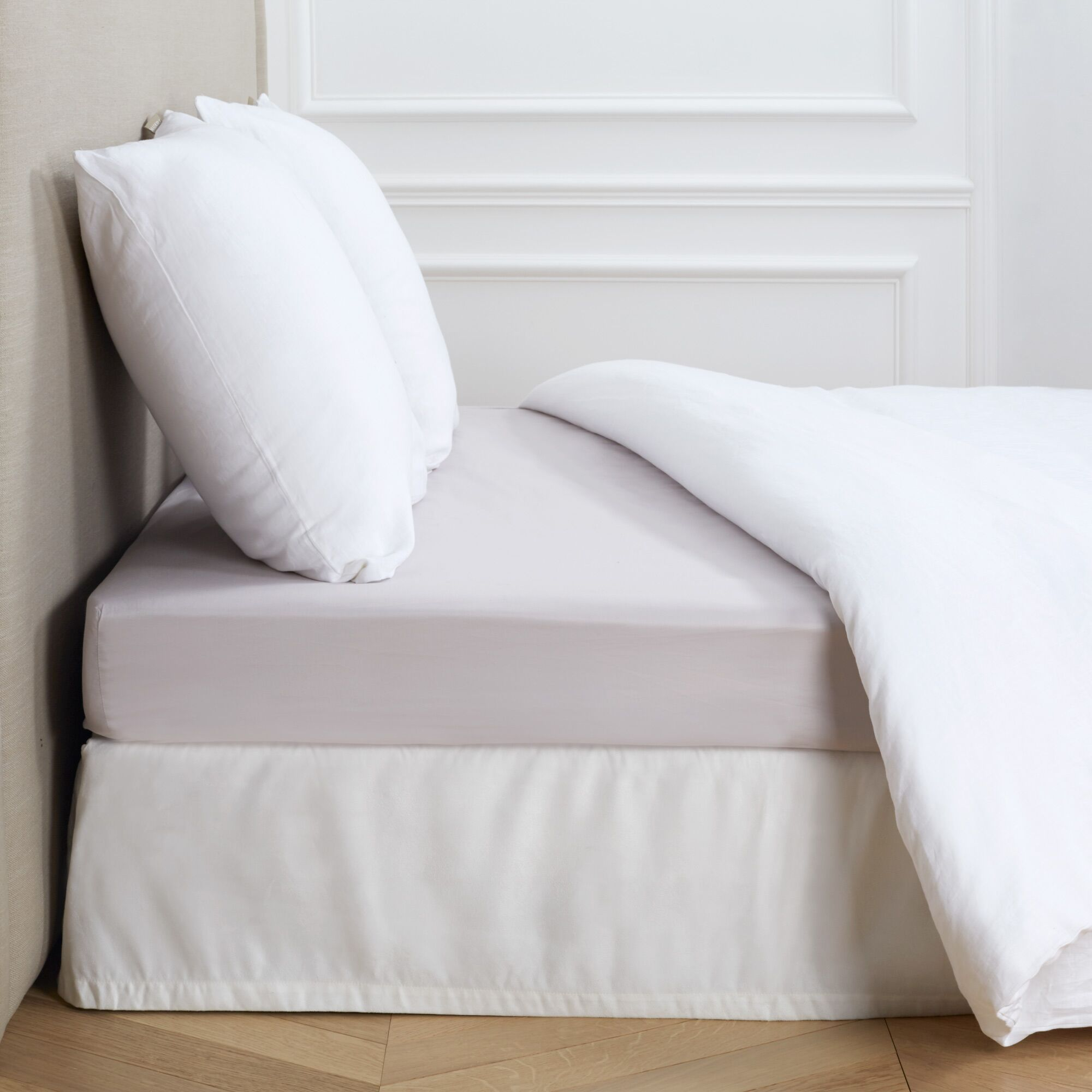 Aurore 300 Thread Count Fitted Sheet Color: Light Beige, Size: Queen