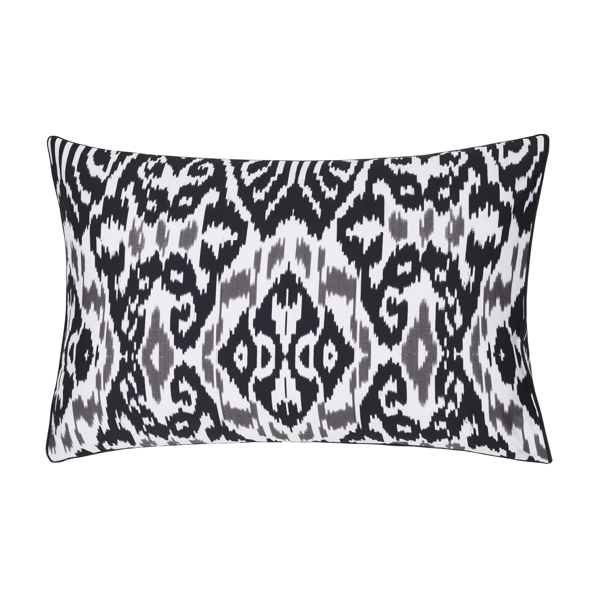 Istanbul Ikat Pillow Case Size: Queen