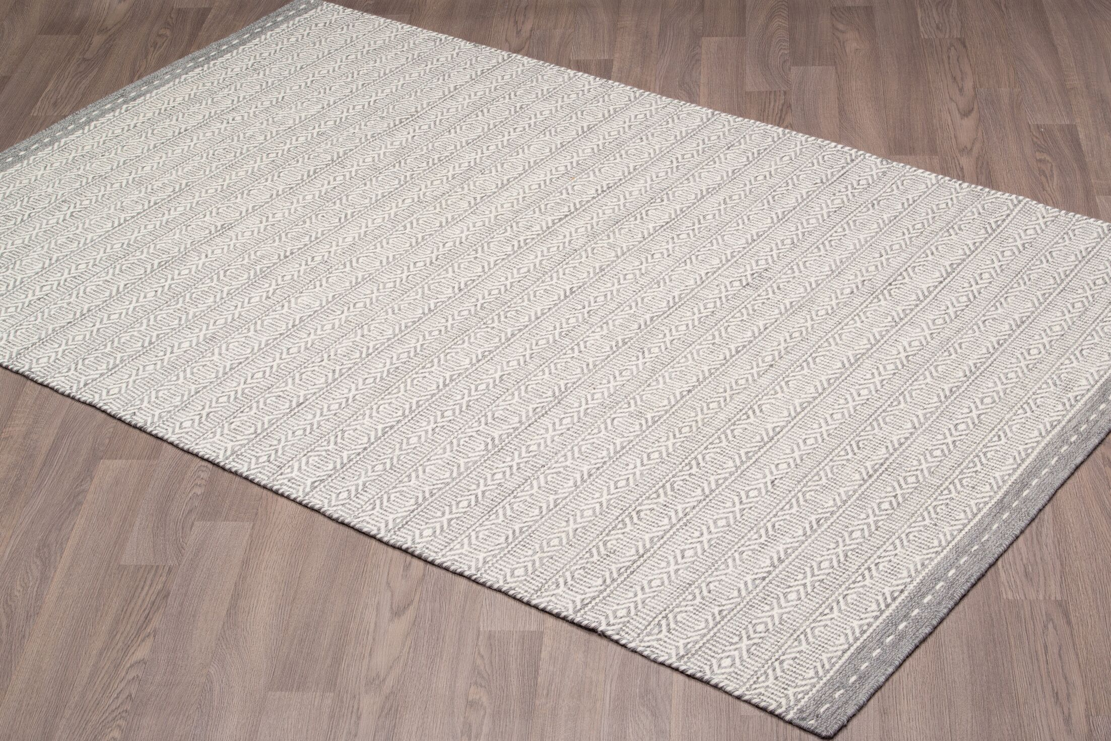 Backstrom Reversible Hand Woven Wool Ivory/Gray Area Rug Rug Size: Rectangle 8' x 10'
