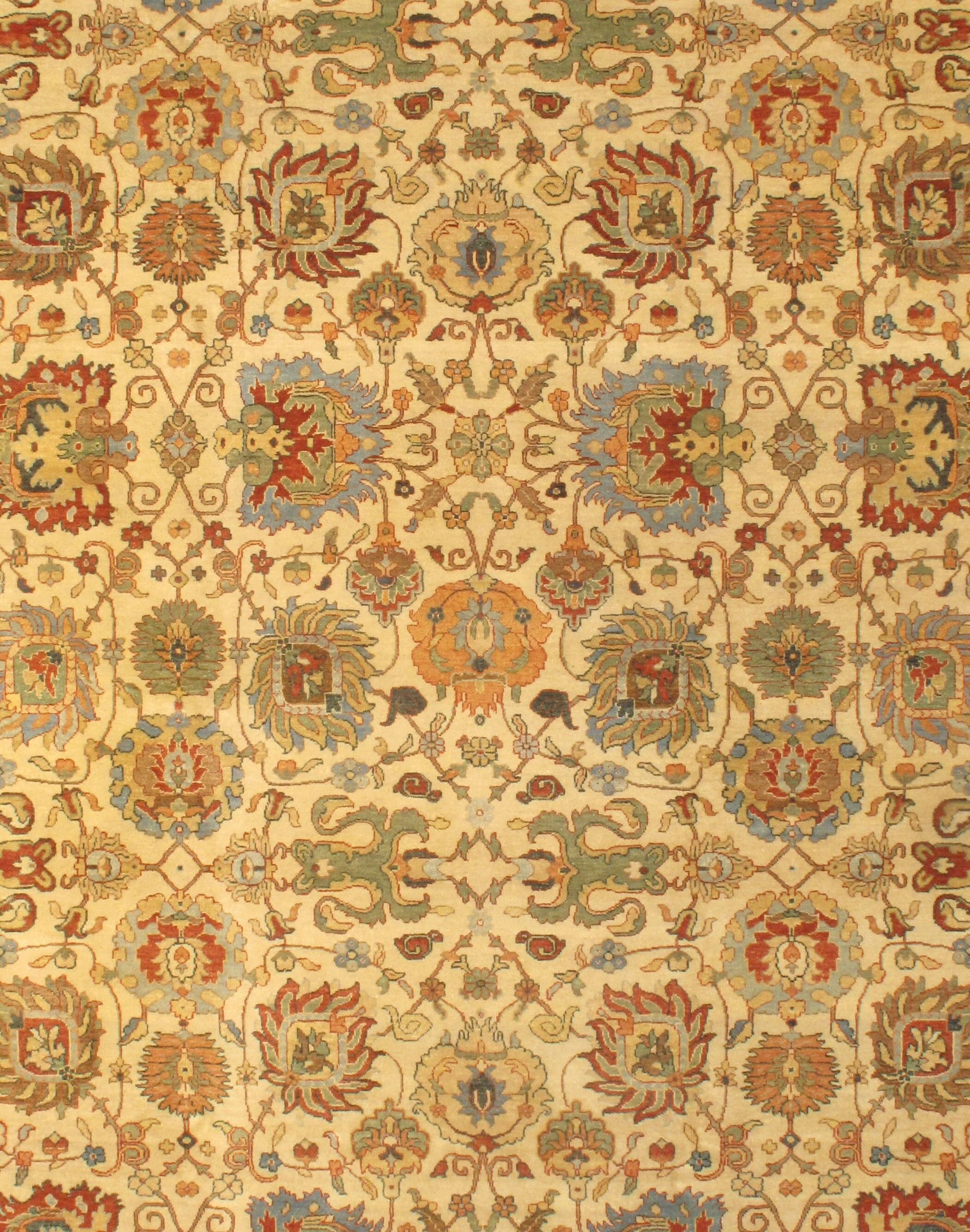 Persian Serapi Hand-Knotted Wool Ivory Area Rug