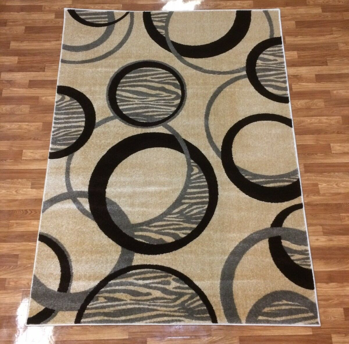 Istanbul Beige Area Rug Rug Size: 7'10