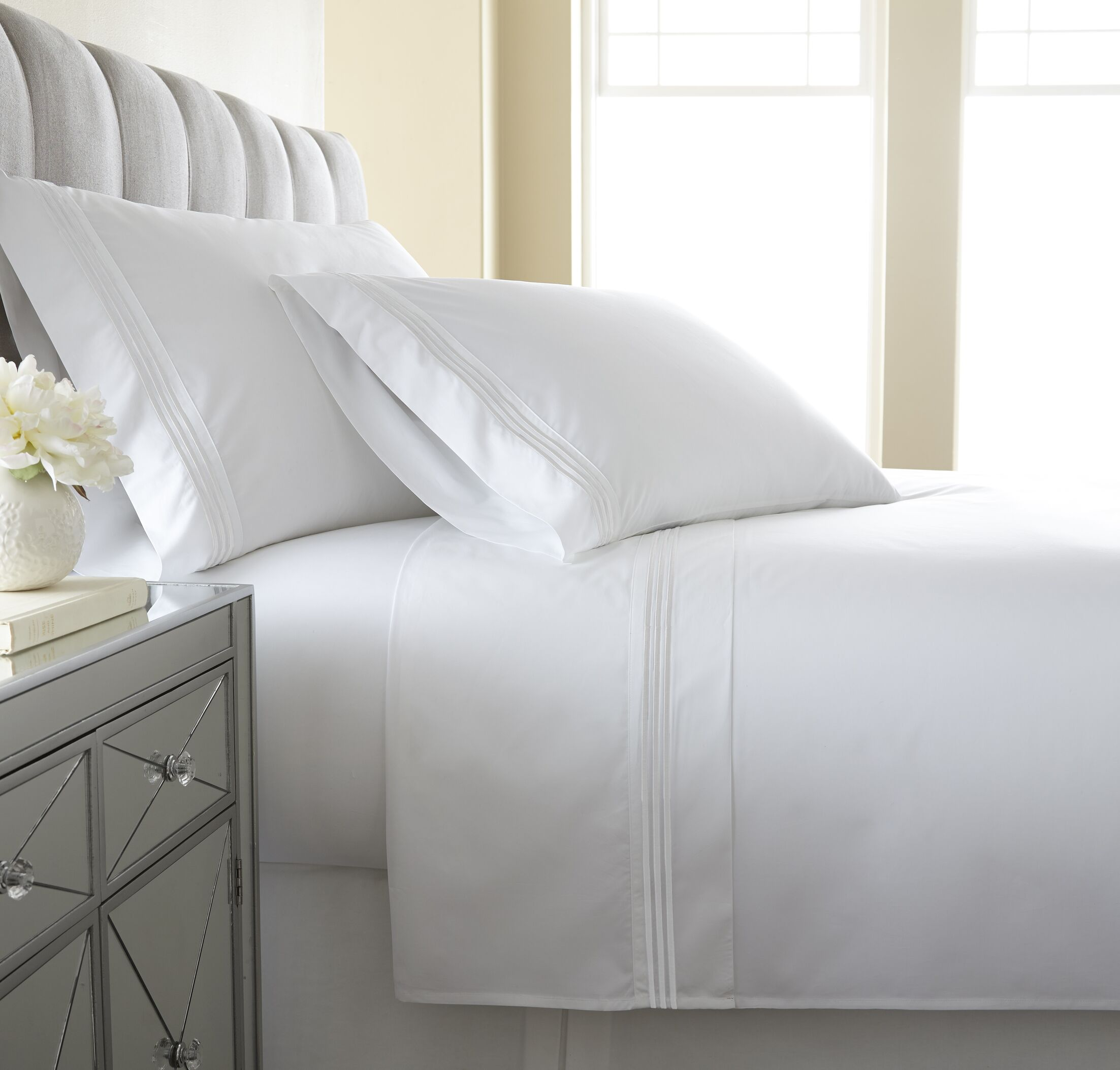 Charlotte Embroidered 300 Thread Count 100% Cotton Sheet Set Color: White, Size: Queen