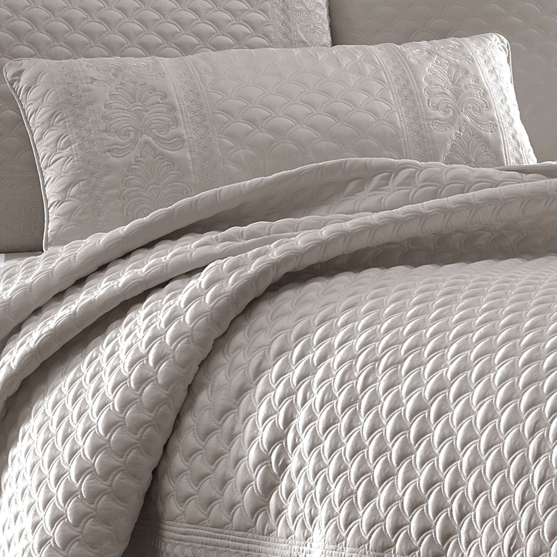 Gunner Lumbar Pillow Color: Silver