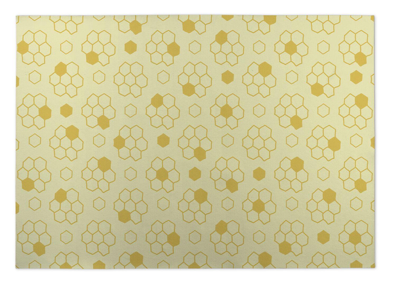 Merriam Bees Indoor/Outdoor Doormat Mat Size: Rectangle 4' x 5'