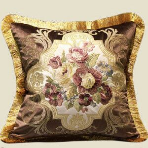 Flower Embellished Pillow Cover Color: Brown/Gold