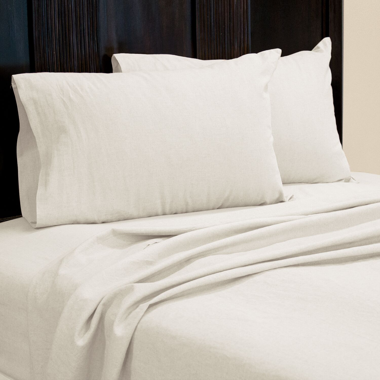Aguirre 4 Piece Sheet Set Size: King, Color: White