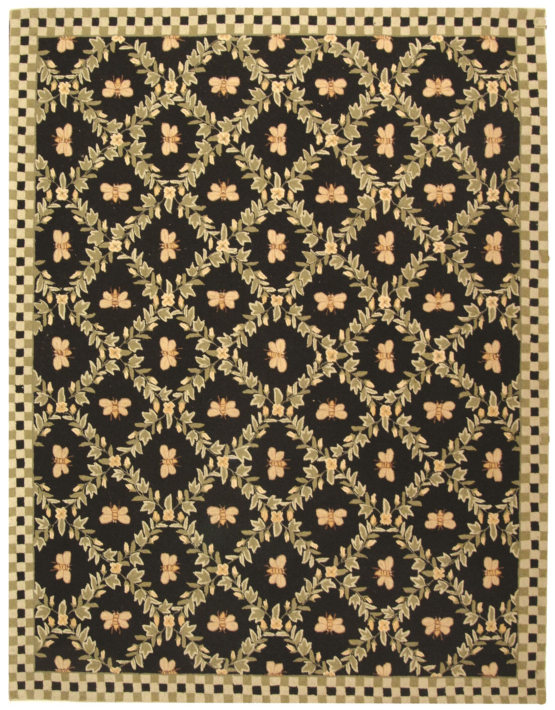 Kinchen Bumblebee Black Novelty Rug Rug Size: Rectangle 7'9