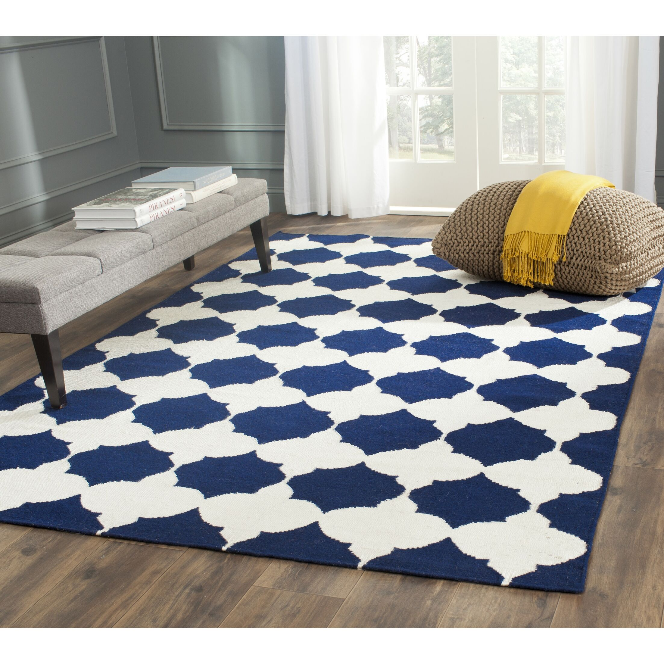 Dhurries Hand-Woven Wool Navy/Ivory Area Rug Rug Size: Rectangle 5' x 8'