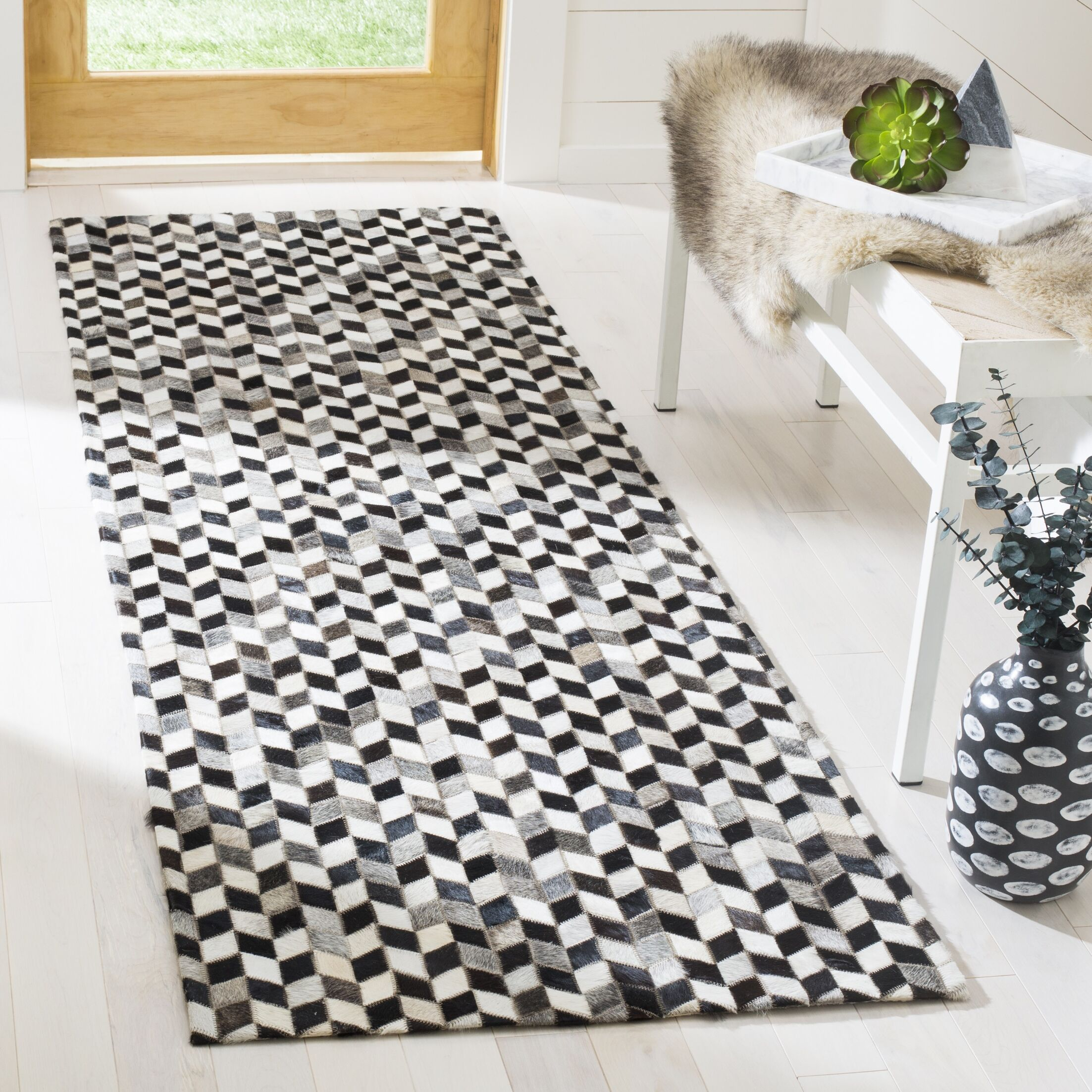 Patricio Contemporary Leather Hand Tufted Gray Area Rug Rug Size: Runner 2'3