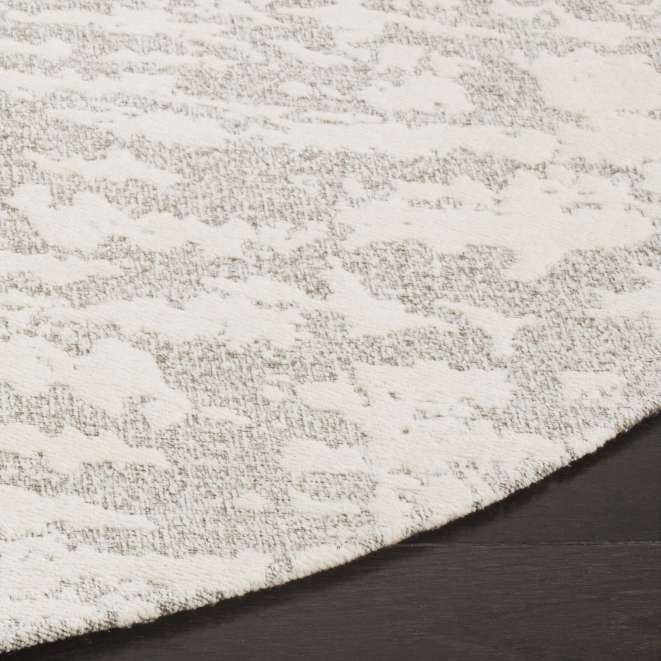 Marbella Hand-Woven Gray/Beige Area Rug Rug Size: Round 6'