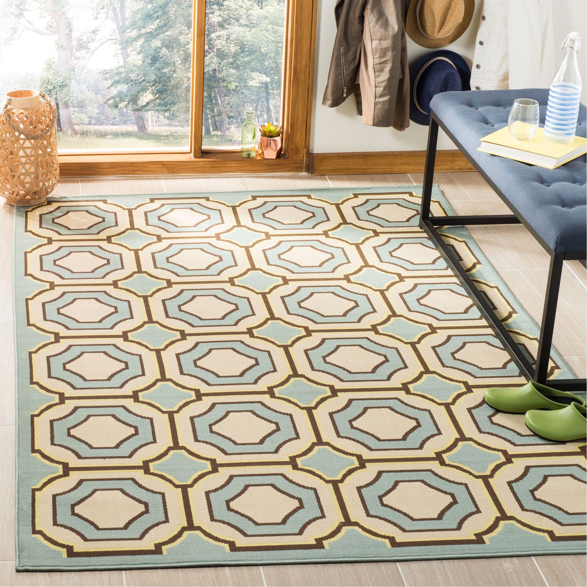 Hampton Green Indoor/Outdoor Area Rug Rug Size: Rectangle 5'1