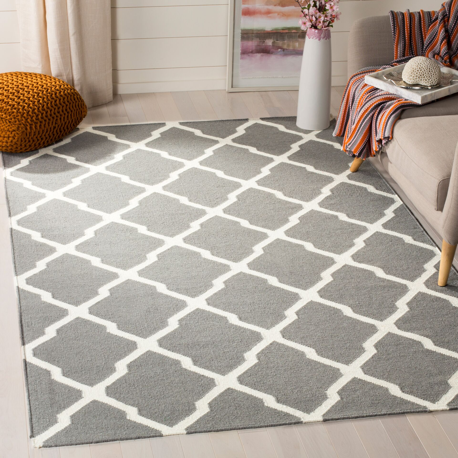 Dhurries Wool Gray/Ivory Area Rug Rug Size: Rectangle 4' x 6'
