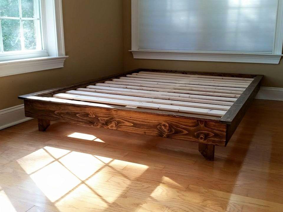 Ava Solid Wood Platform Bed Size: Queen, Color: Dark Walnut