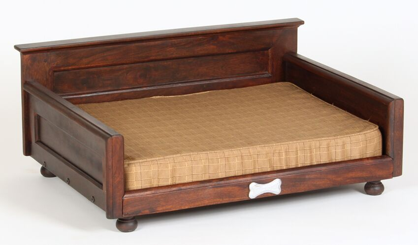 Courtney Dog Bed with Orthopedic Foam Mattress Size: Small (27.75