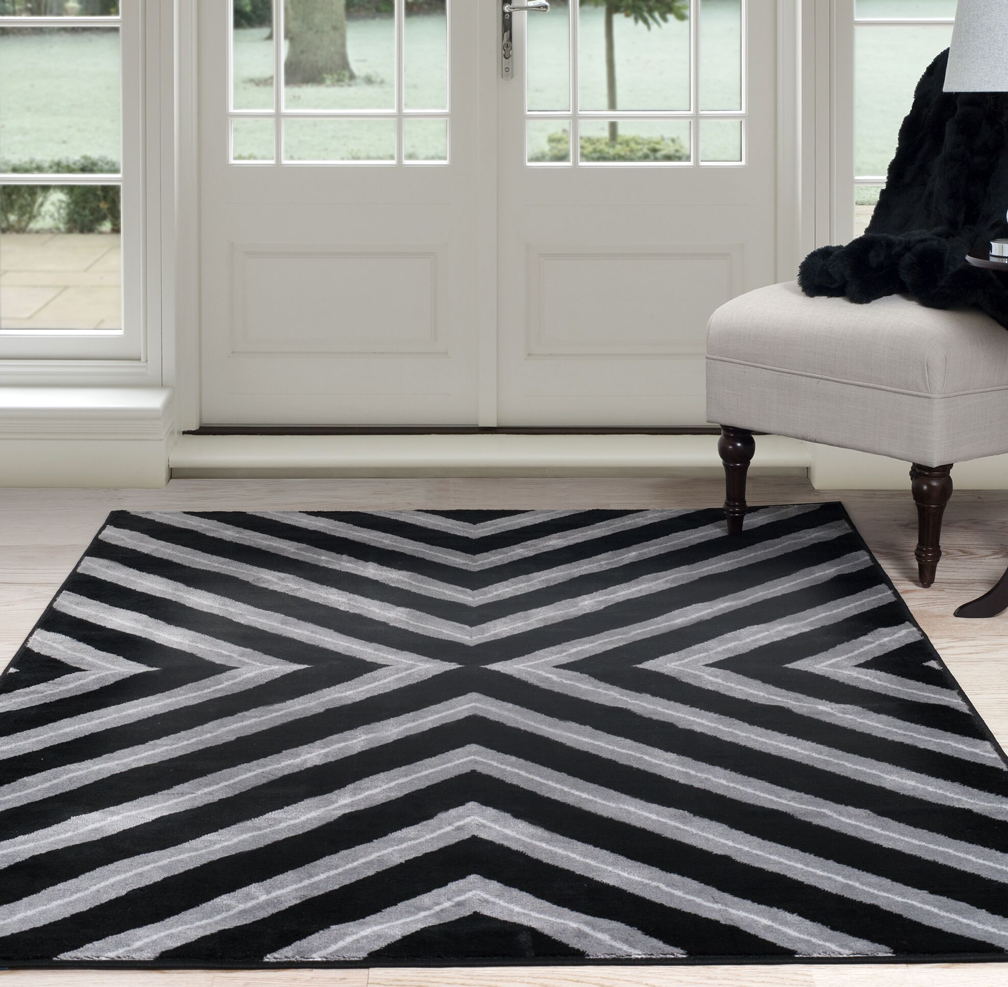 Kaleidoscope Black/Gray Area Rug Rug Size: 8' x 10'