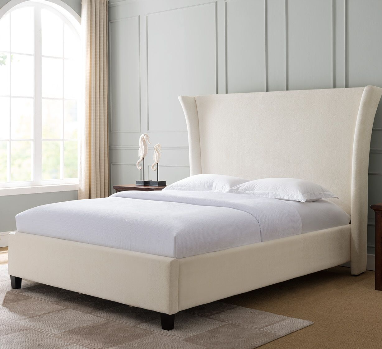 Dominique Traditional Fabric Upholstered Panel Bed Color: Ivory, Size: King