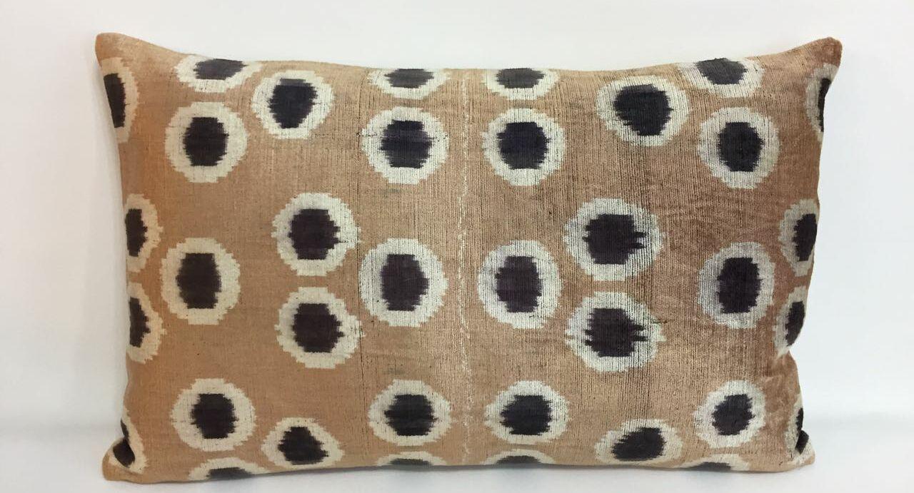 Dot Velvet Lumbar Pillow