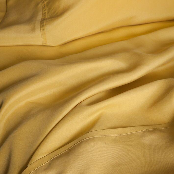 Matte Silk Sheet Set Size: California King, Color: Gold