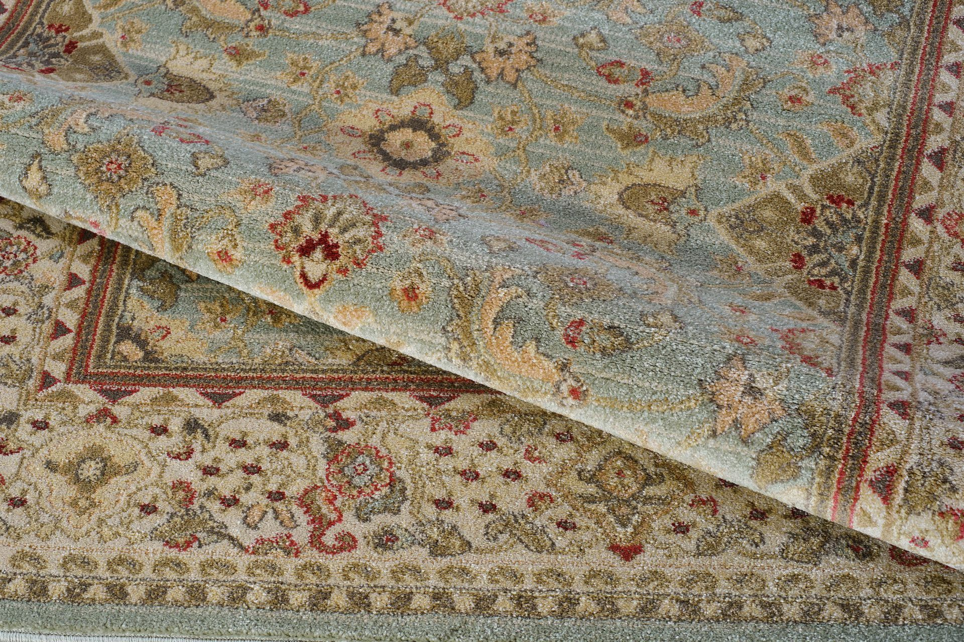 Austell Green/Cream Area Rug Rug Size: 3'9