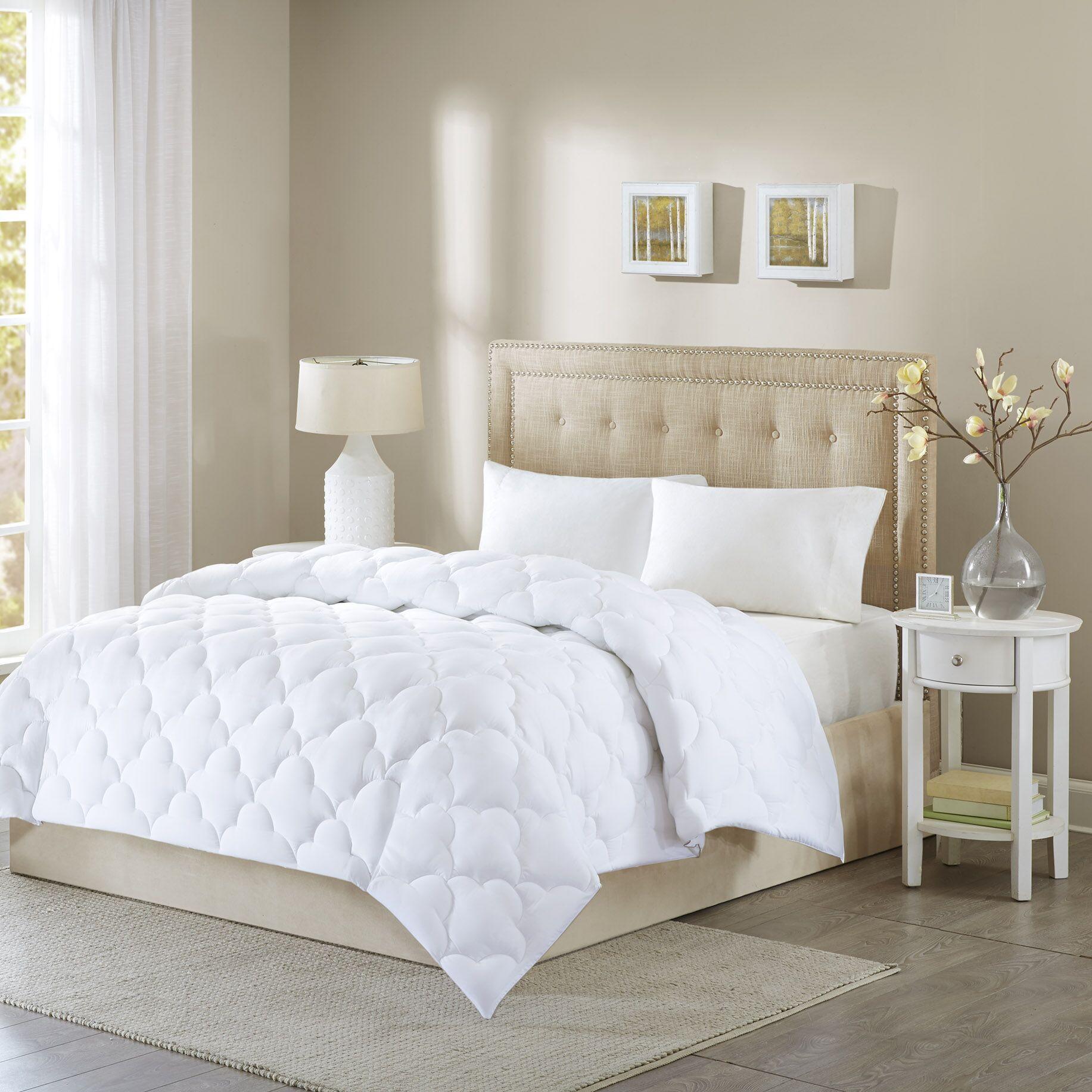 Down Alternative Comforter Size: Full/Queen