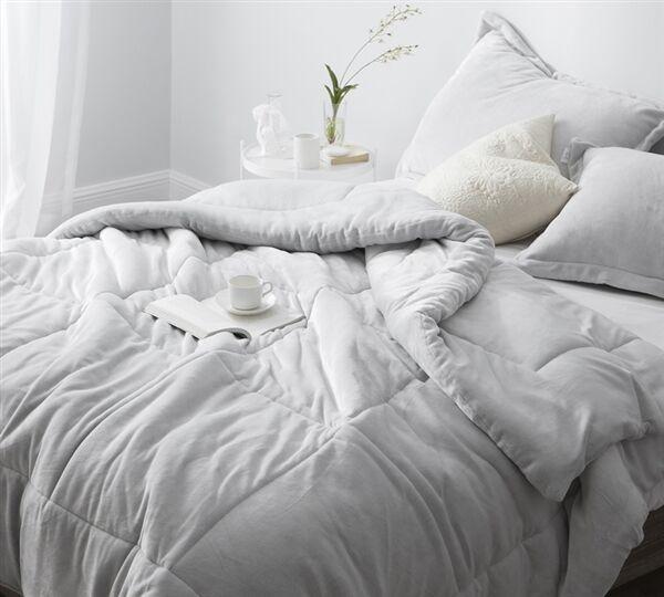 Granite Gray Heavyweight Comforter Size: King