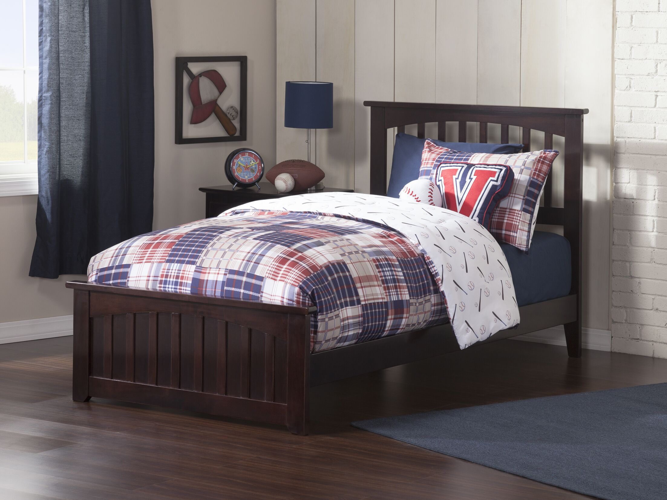 Avocet Panel Bed Color: Espresso, Size: Full