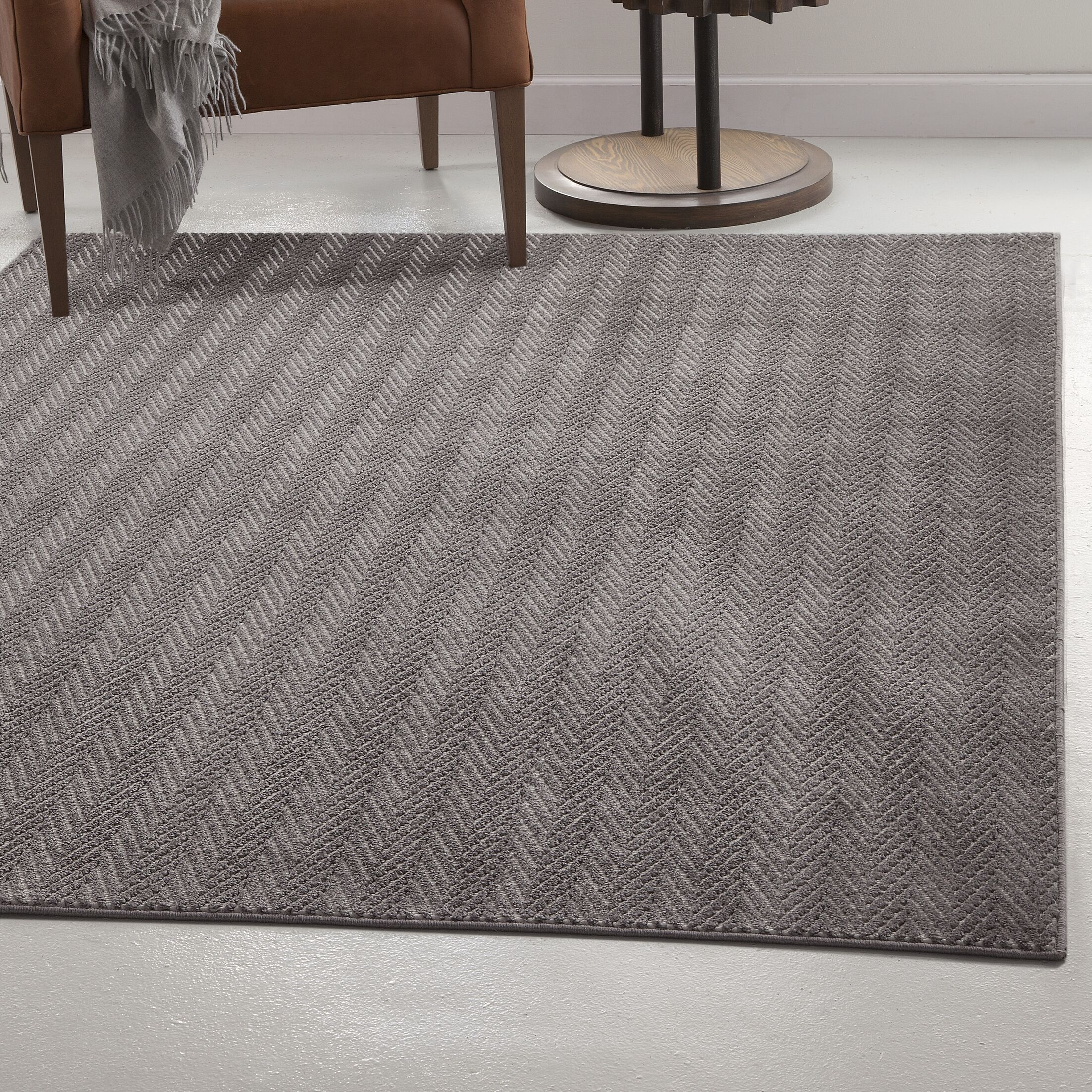 Highlands Charcoal Area Rug Rug Size: 5' x 8'