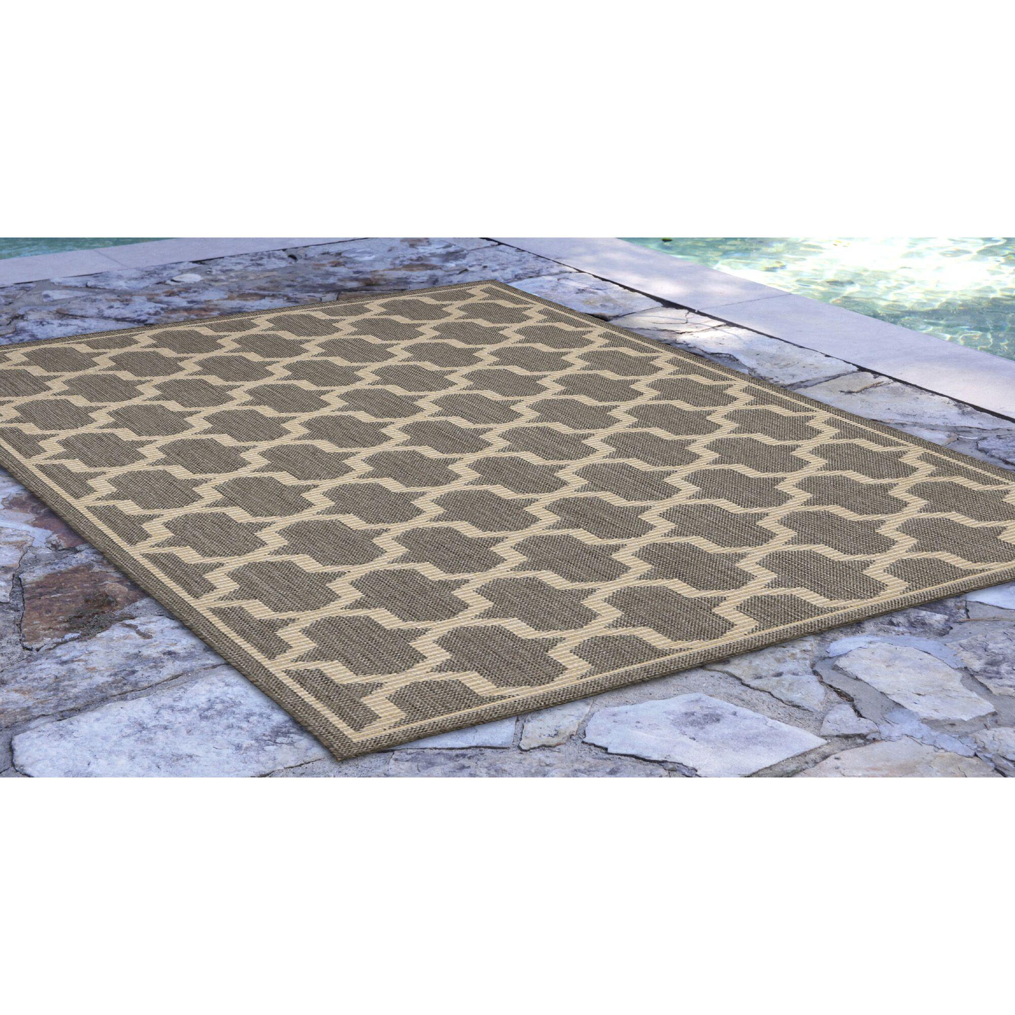 Aaliyah Geo Power Loom Gray Indoor/Outdoor Area Rug Rug Size: Rectangle 4'10
