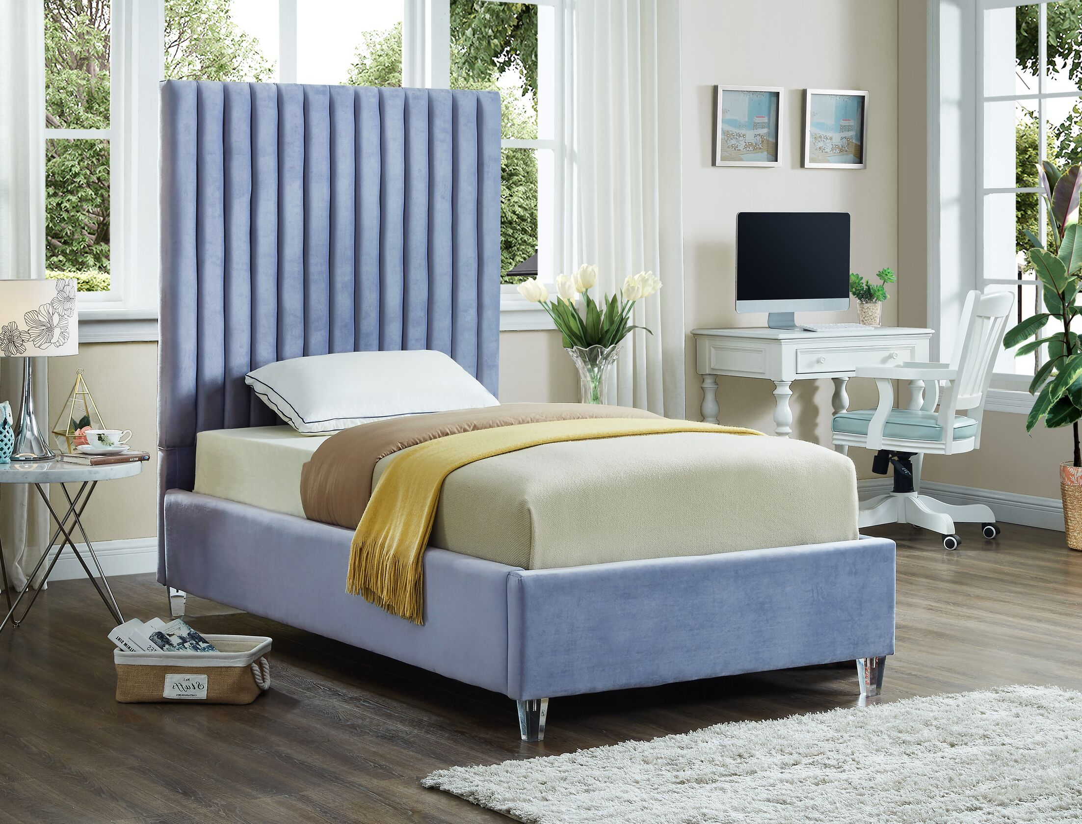 Fuiloro Upholstered Platform Bed Size: Twin, Color: Sky Blue