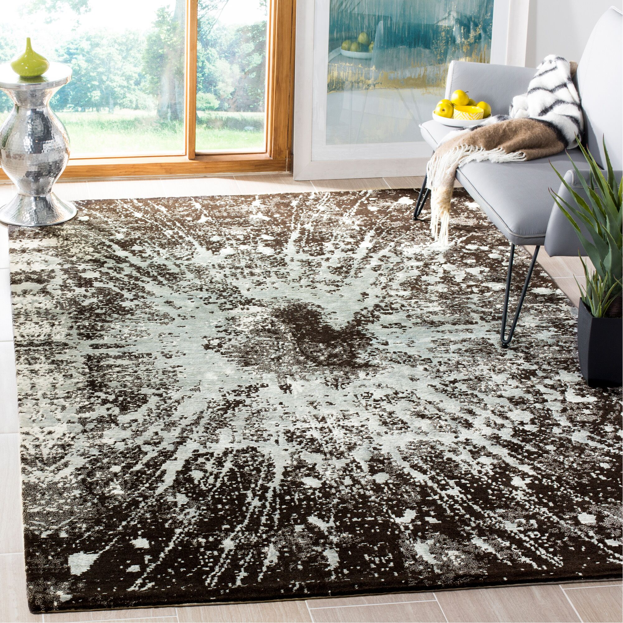 Elraine Hand-Knotted Silver Area Rug Rug Size: Rectangle 8' x 10'