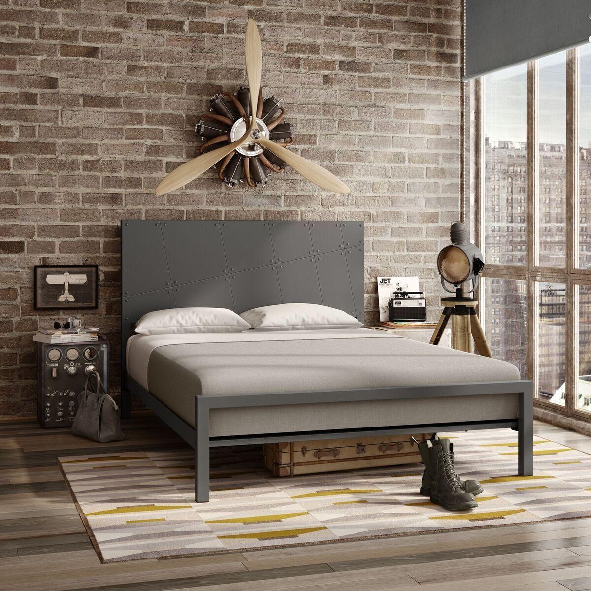 Michala Platform Bed Size: Queen, Color: Matt Dark Gray