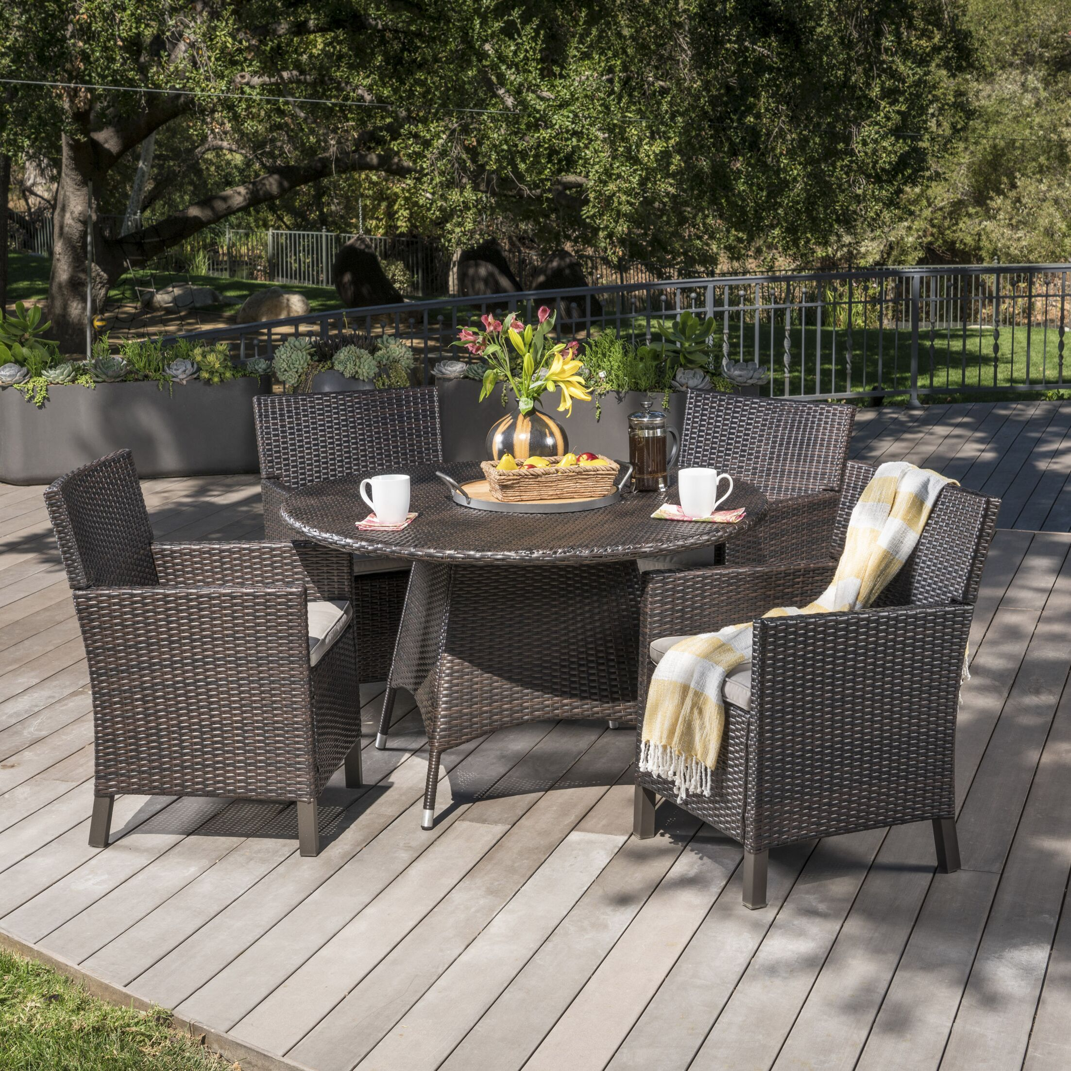 Argueta Outdoor Wicker 5 Piece Dining Set with Cushions Color: Brown