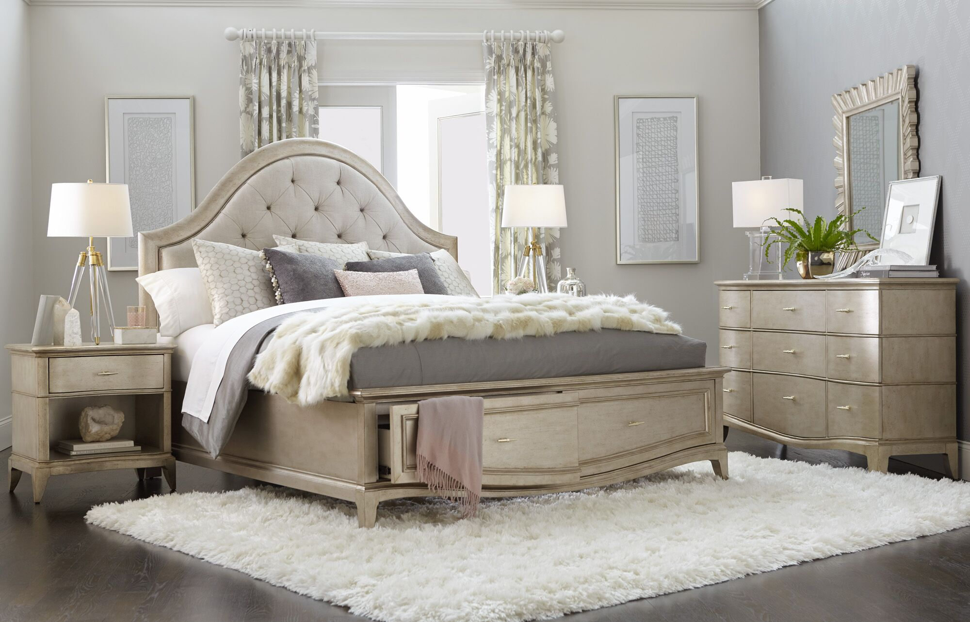 Stanmore Upholstered Storage Panel Bed Size: California King