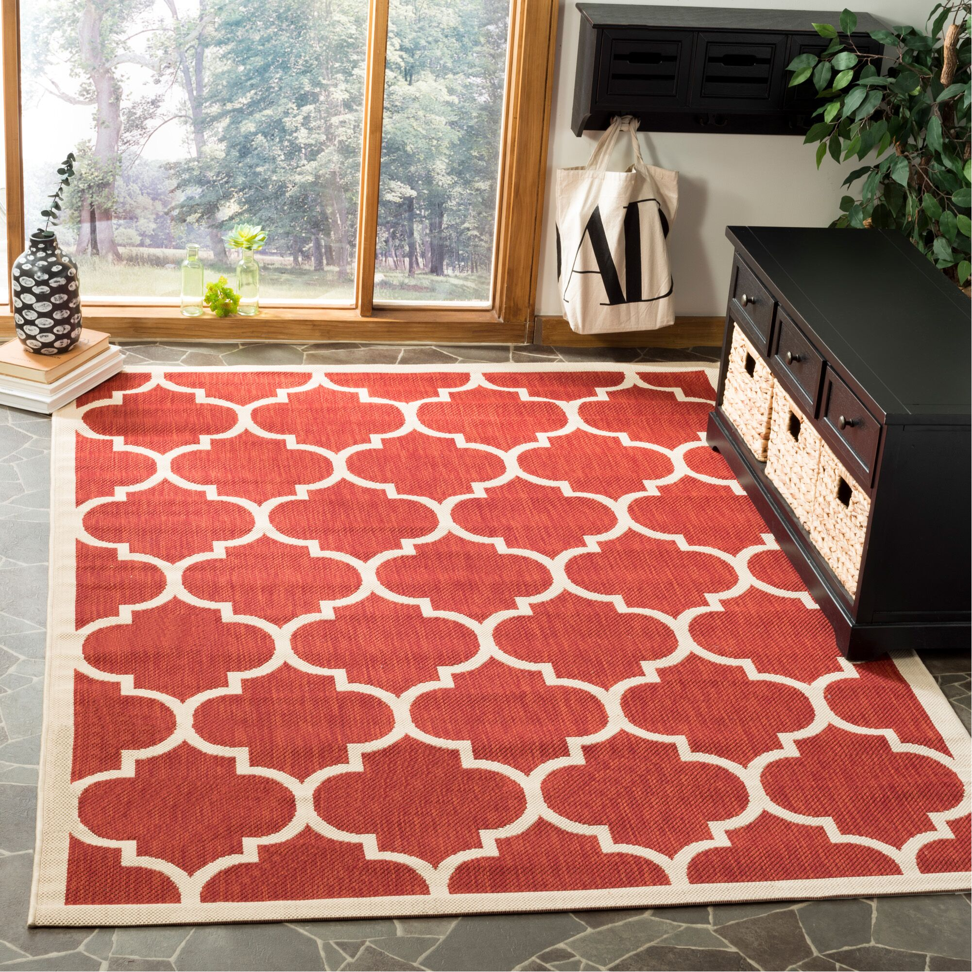 Short Red/Beige Outdoor/Indoor Area Rug Rug Size: Rectangle 5'3