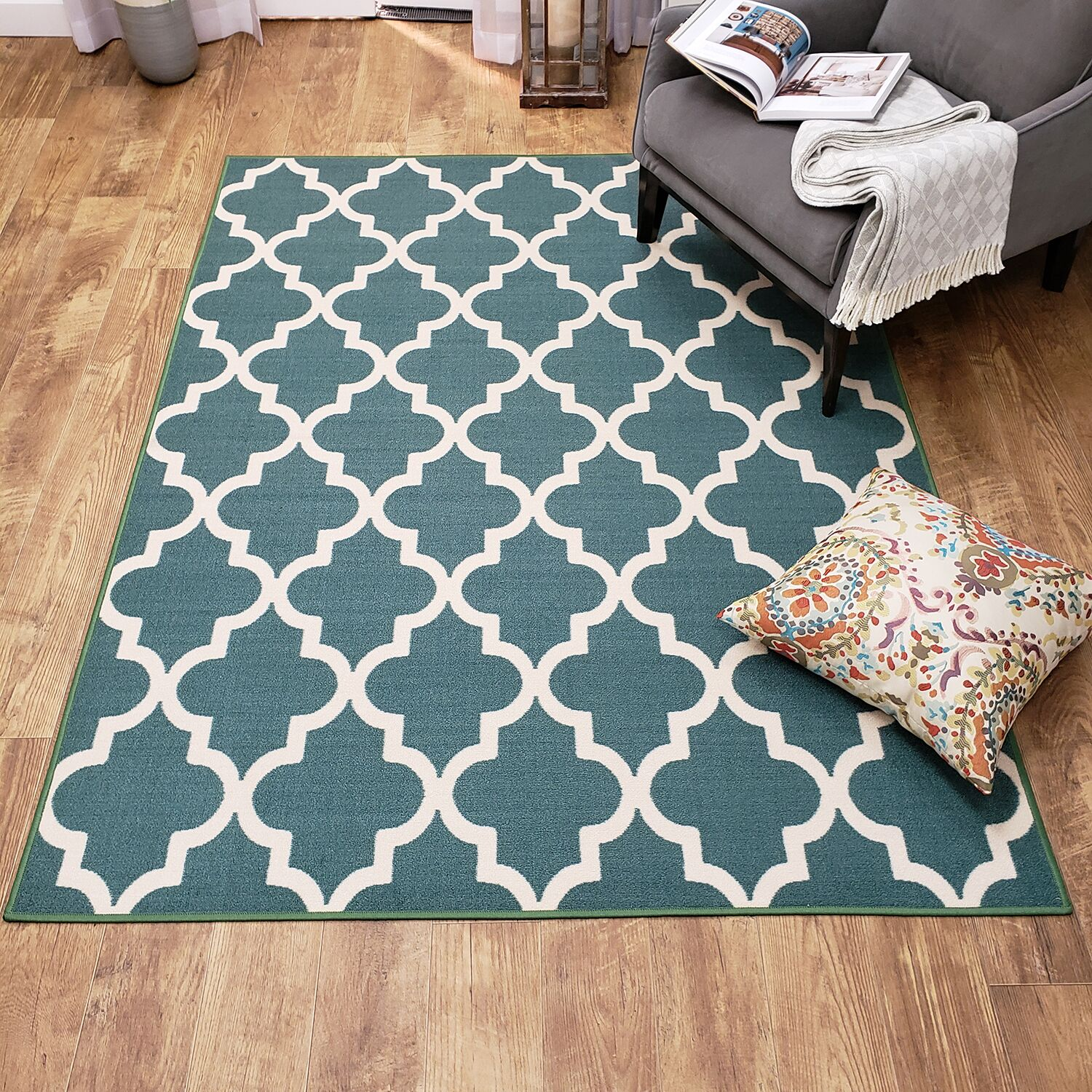 Hinnenkamp Trellis Blue Area Rug Rug Size: Rectangle 8'2