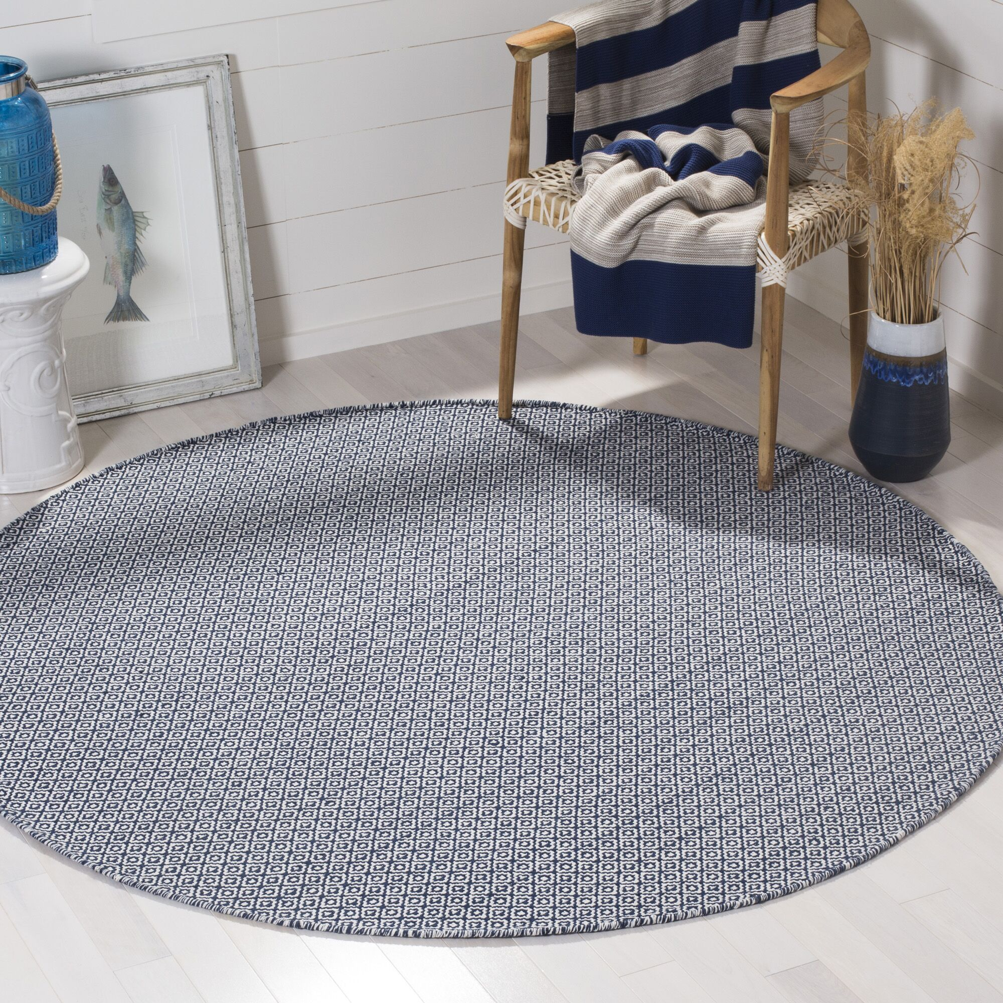 Hampden Hand-Woven Cotton Ivory/Navy Blue Area Rug Rug Size: Round 6'