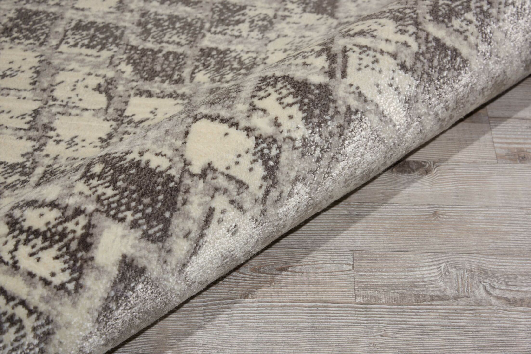 Zoey Cream Area Rug Rug Size: Rectangle 12' x 15'