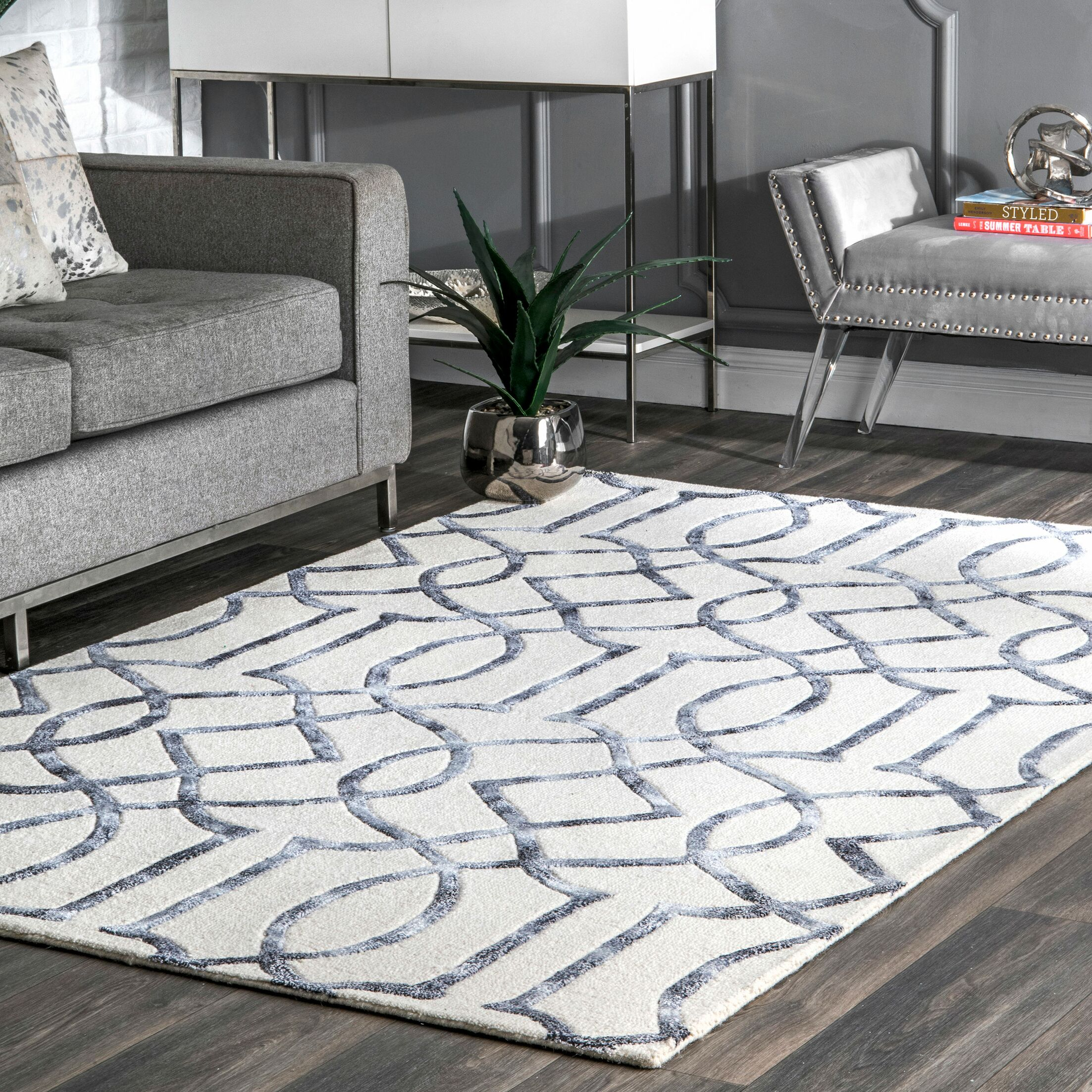 Shores Hand-Tufted Silver Area Rug Rug Size: Rectangle 4' x 6'