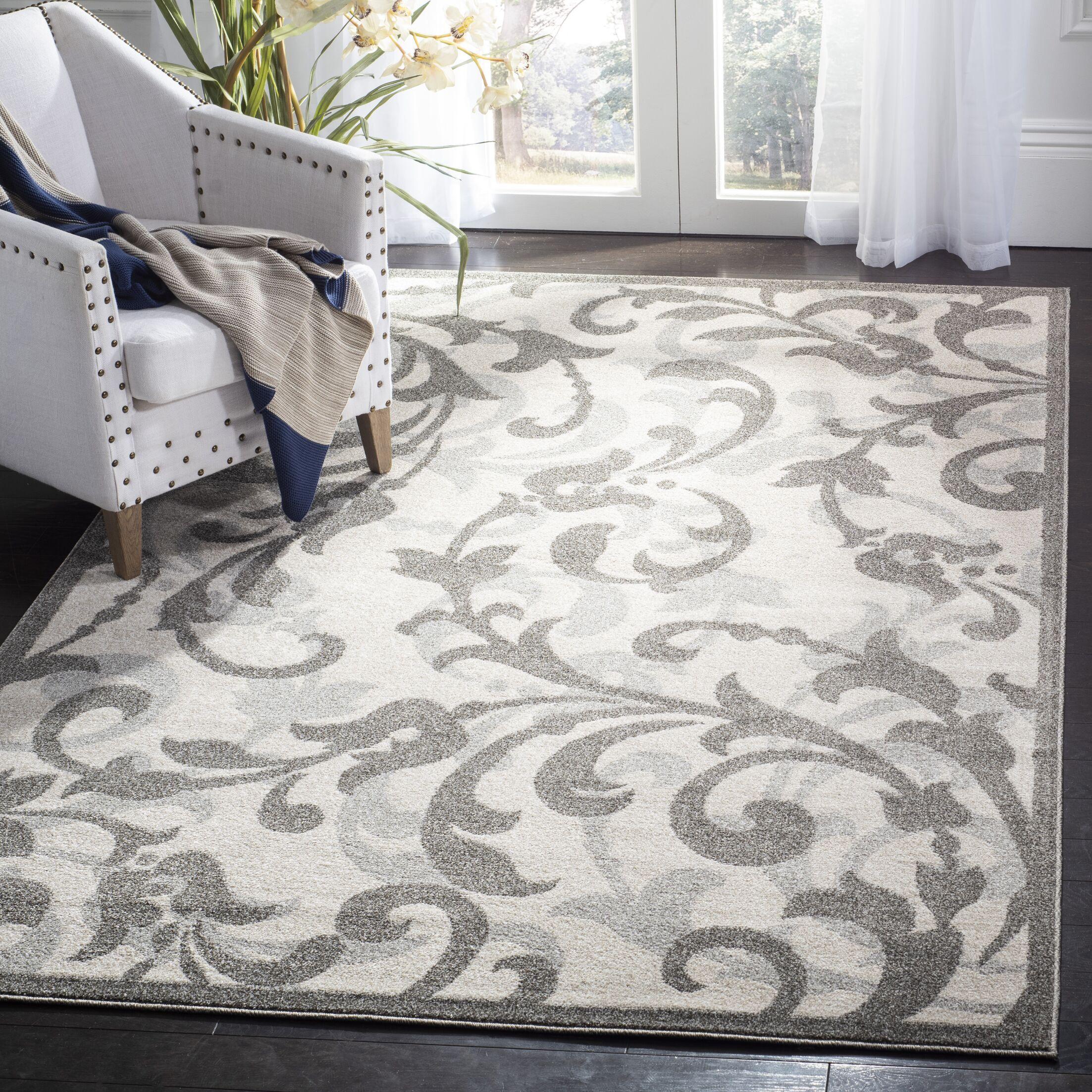 Maritza Ivory/Gray Indoor/Outdoor Area Rug Rug Size: Rectangle 5' x 8'