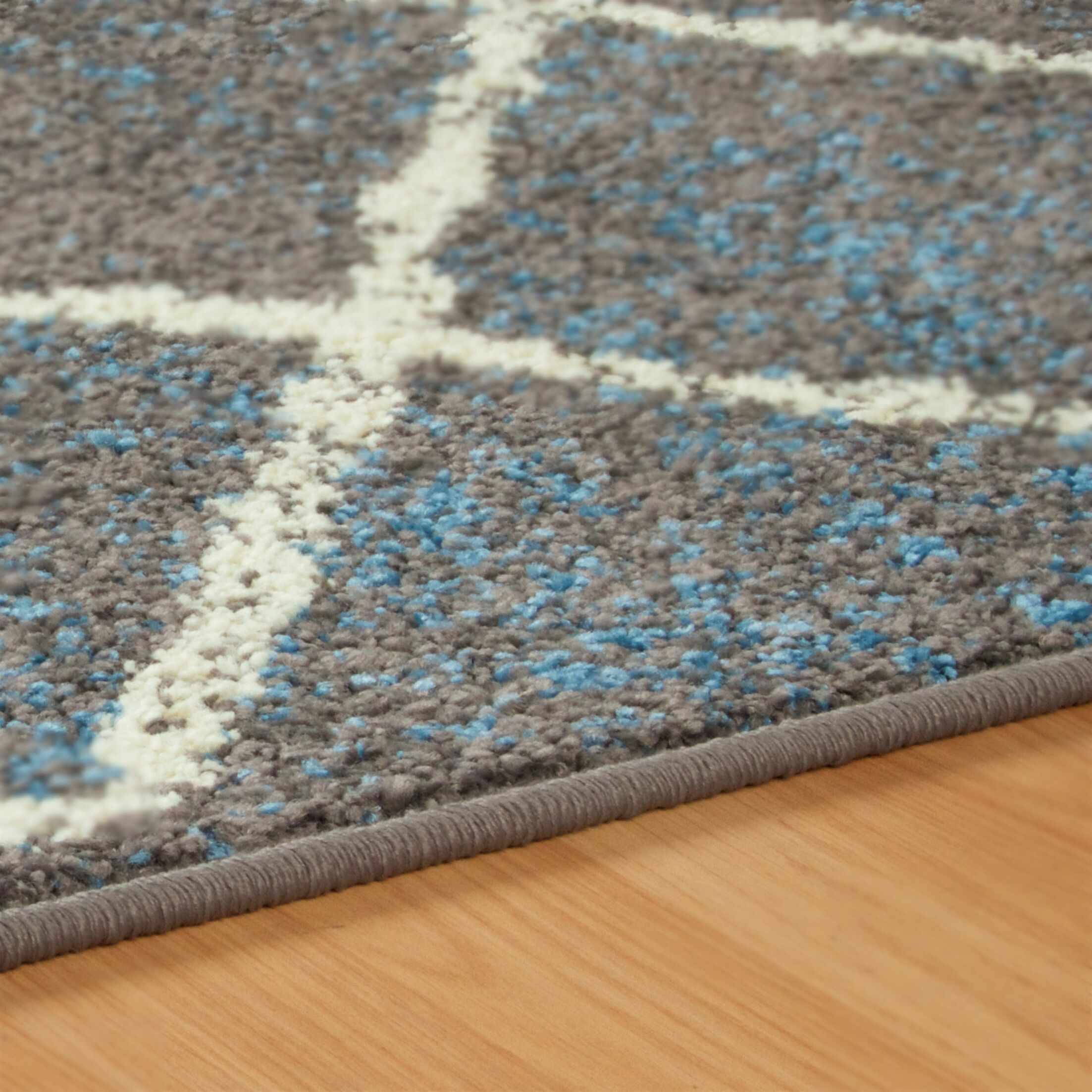 Verity Lattice Slate Area Rug Rug Size: Rectangle 8' x 10'