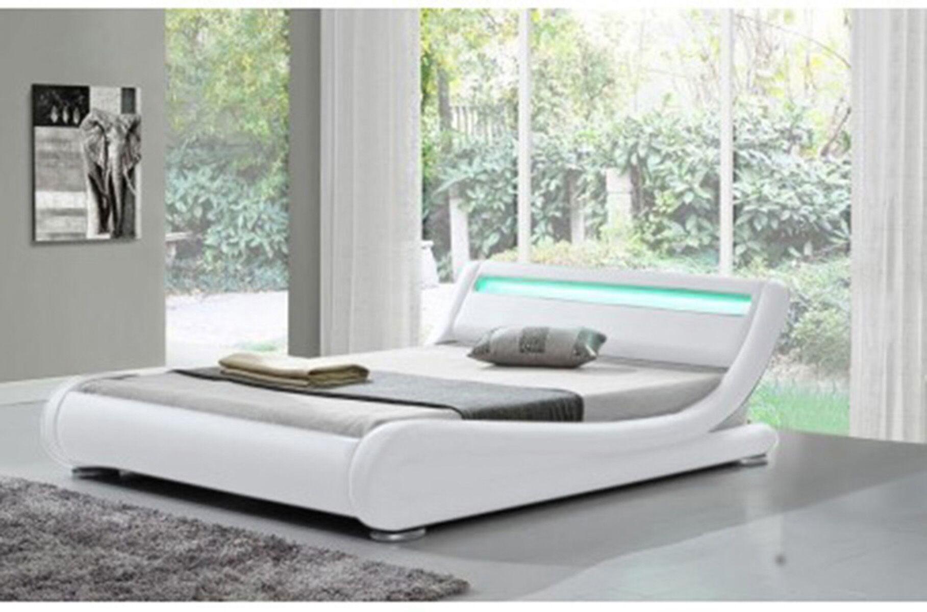 Kondo Upholstered Platform Bed Size: Queen, Color: White