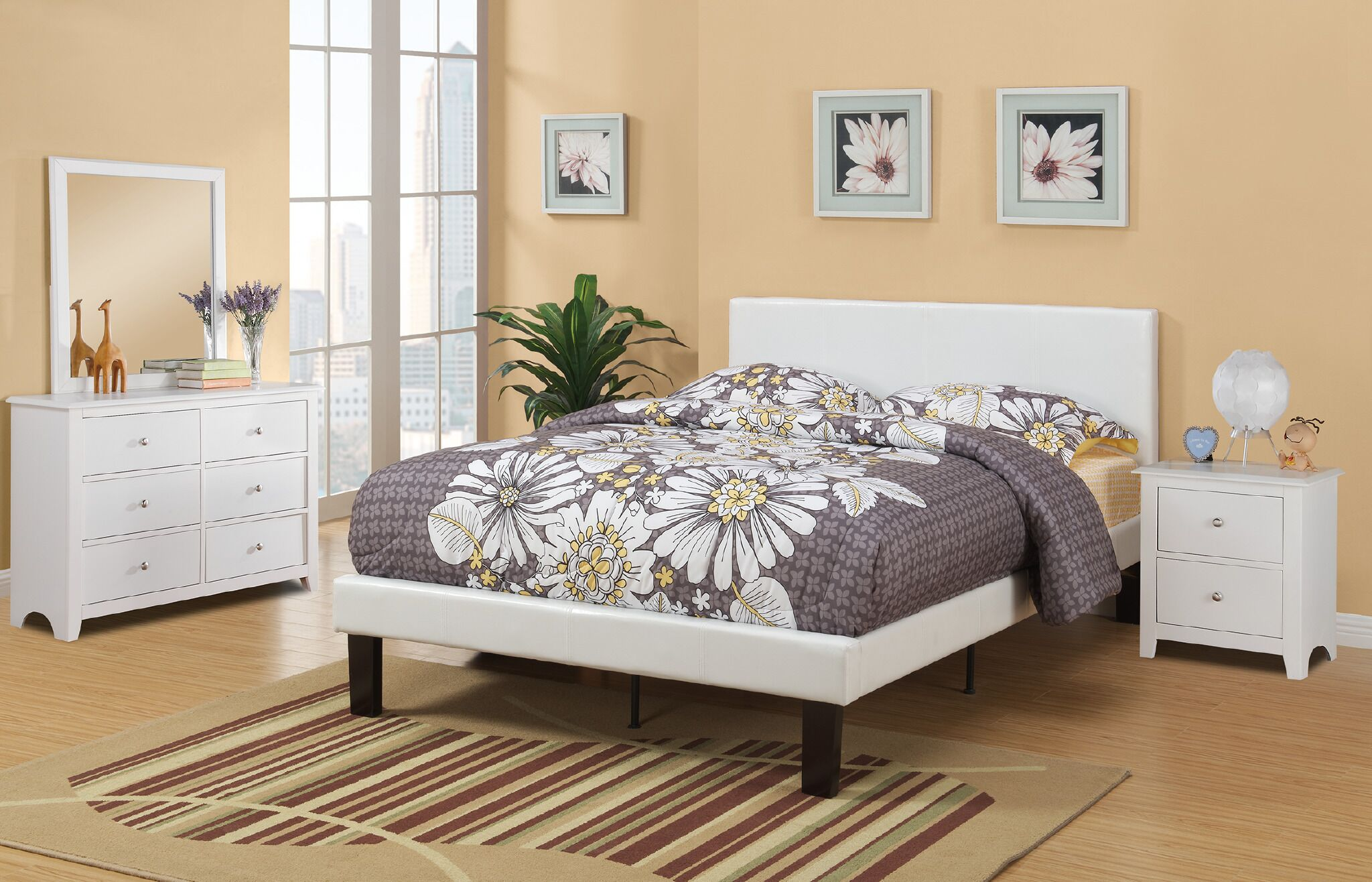 Lundstrom Upholstered Platform Bed Size: Full