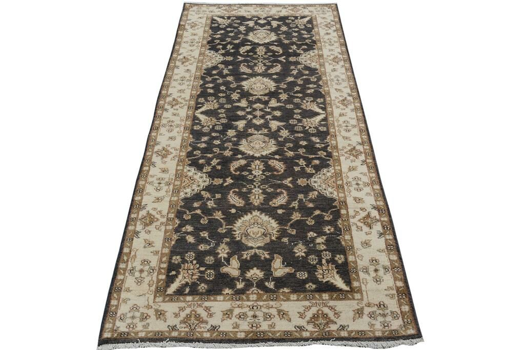 Xenos Hand-Knotted Wool Charcoal/Ivory Area Rug