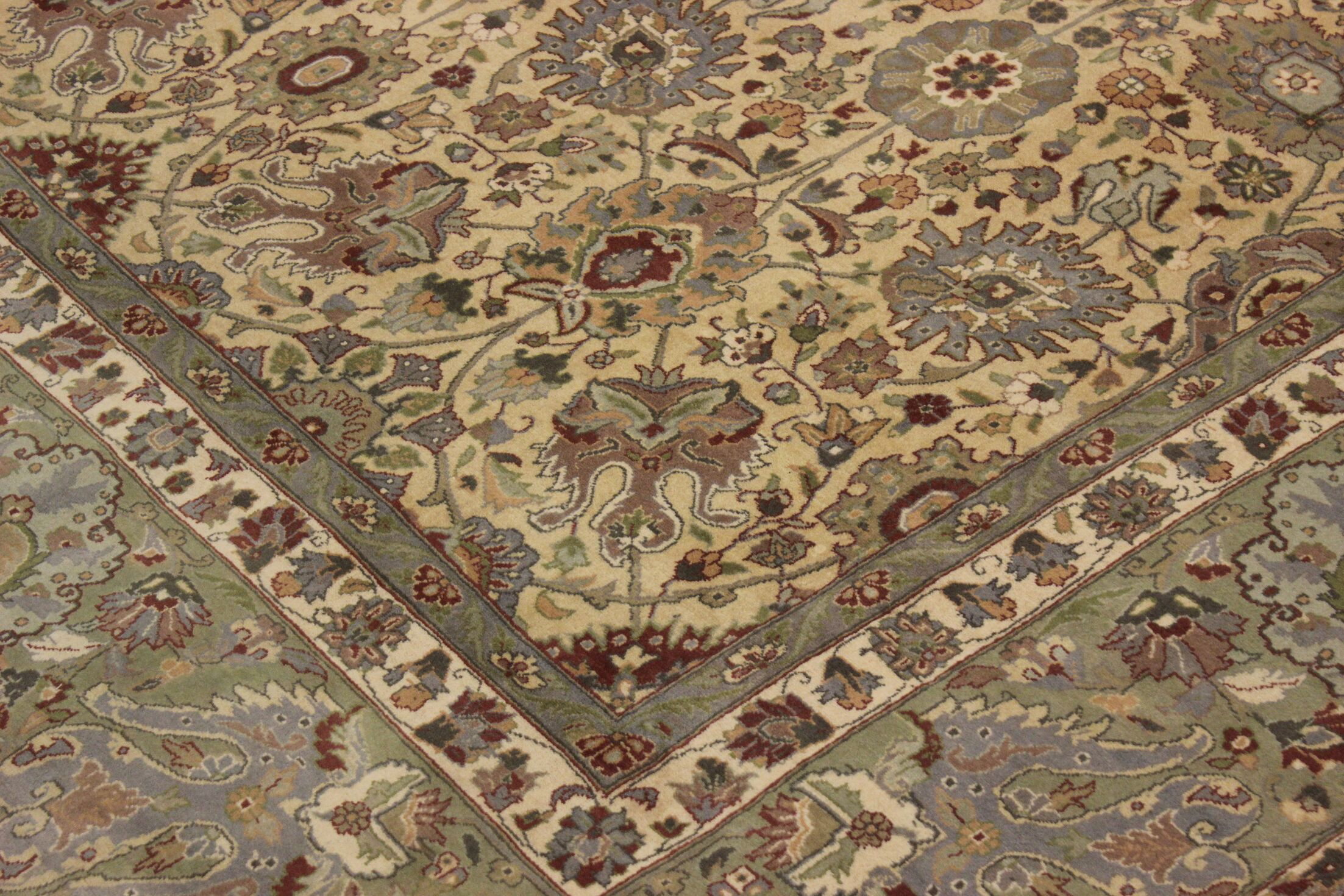 Bellville Persian Hand-Knotted Wool Gold/Ivory Area Rug