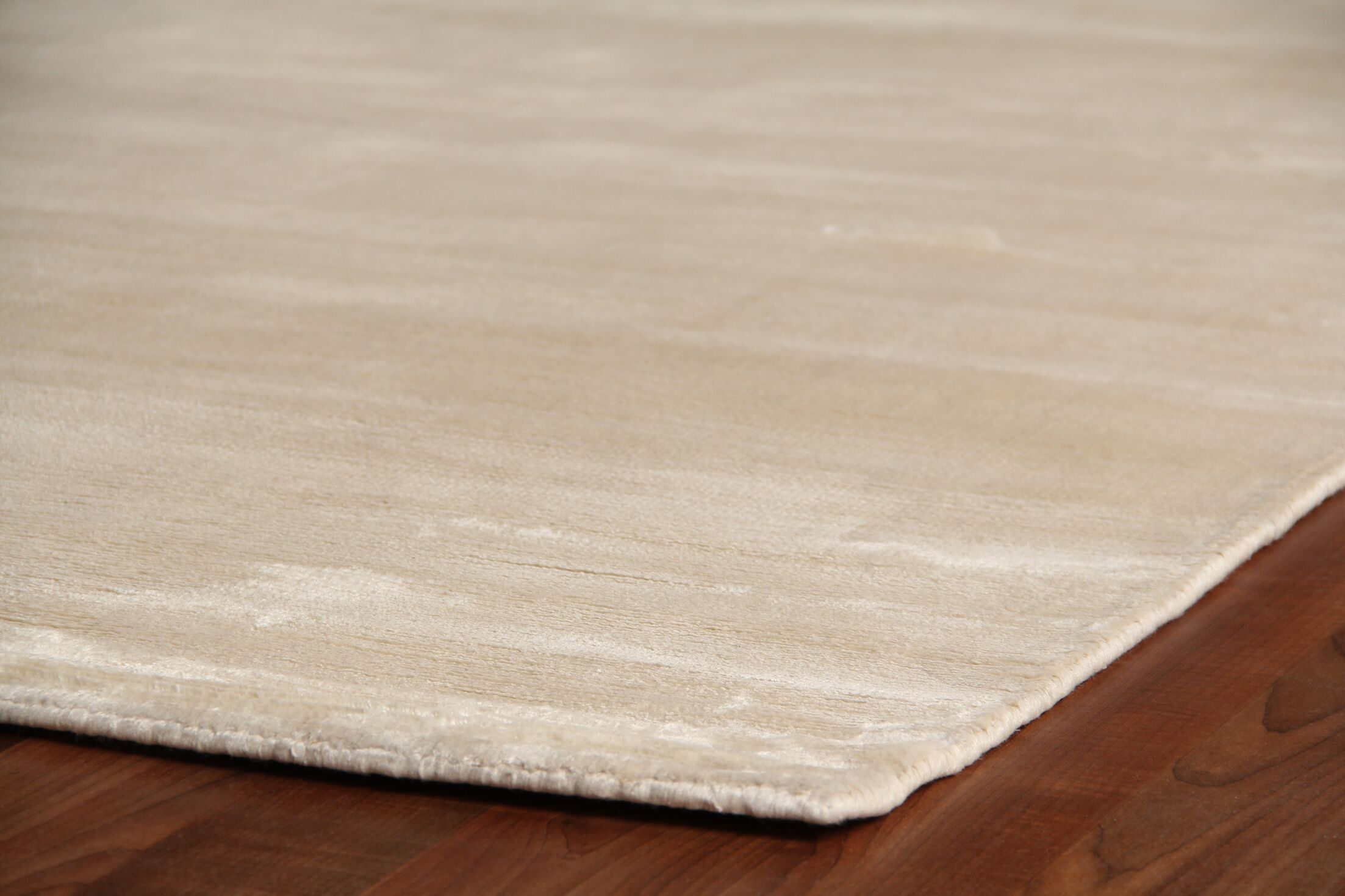 Plain Dove Hand-Woven Silk Off-White Area Rug Rug Size: Rectangle 6' x 9'