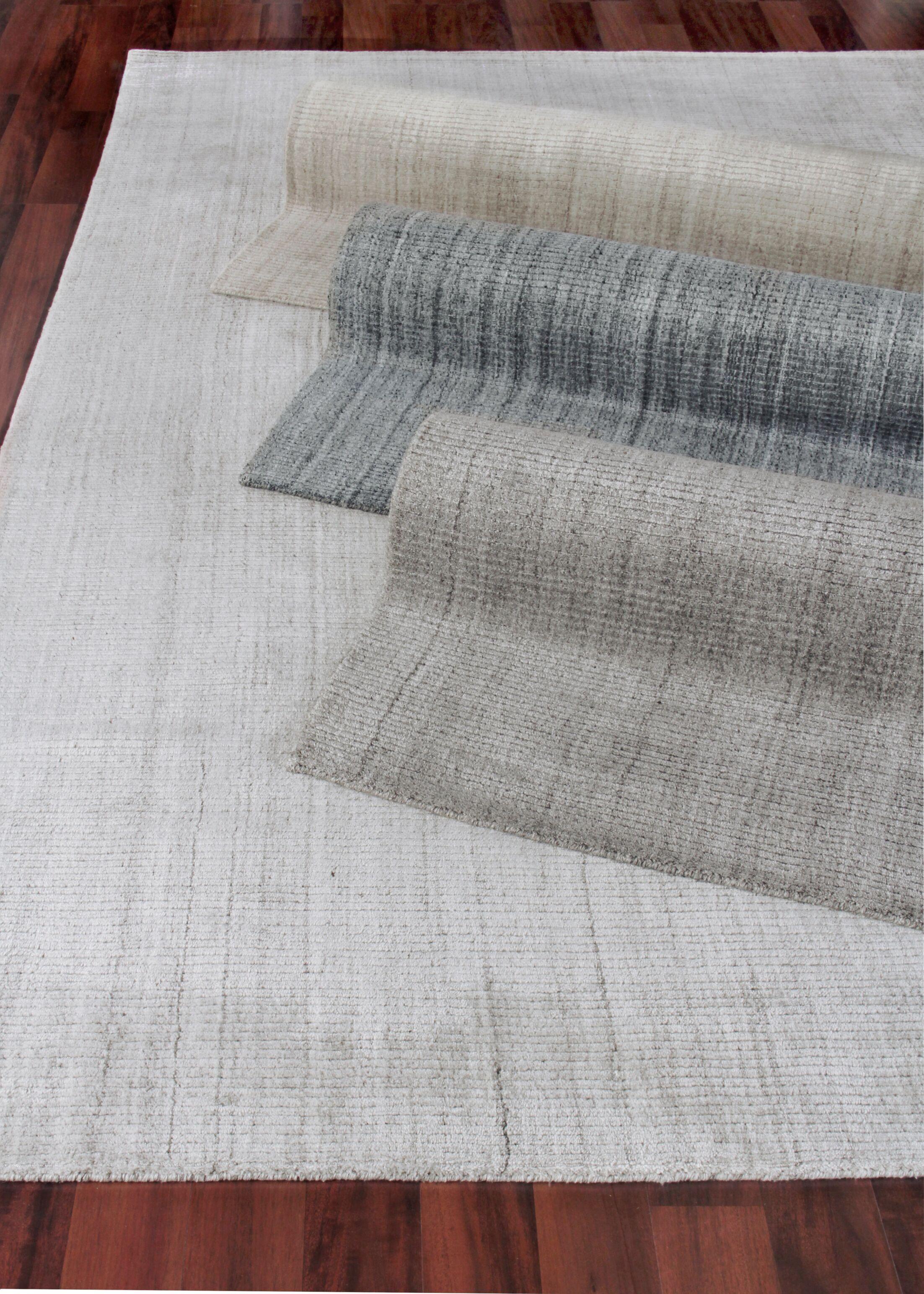 Robin Hand-Woven Light Beige Area Rug Rug Size: Rectangle 6' x 9'