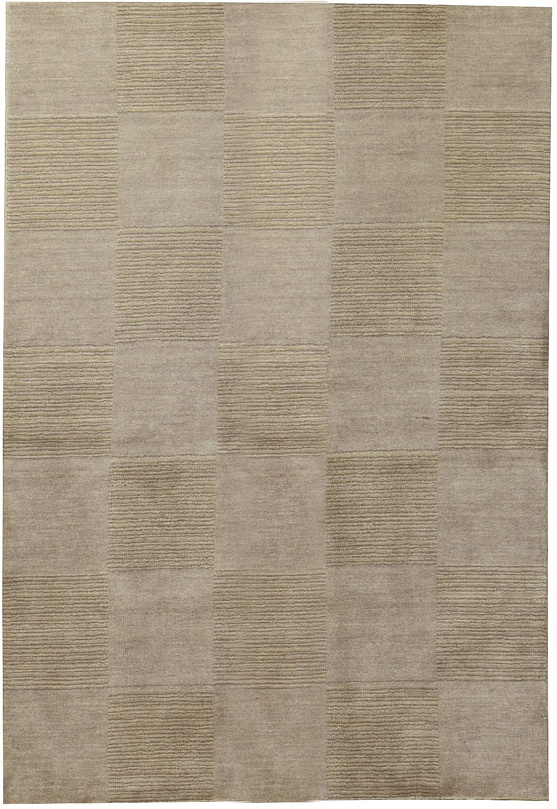 Artificial Gabeh Hand-Knotted Silk Brown Area Rug